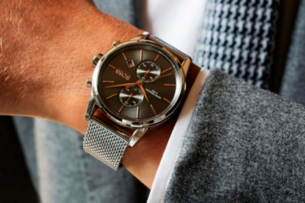 hugo boss watches apuesta por el jet mesh con adam gallagher como testigo