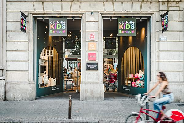 abitare-kids-y-barruguet-crean-un-nuevo-concepto-de-tienda-para-bebes