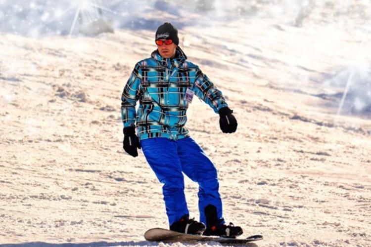 como-evitar-lesiones-y-disfrutar-de-la-nieve-sin-riesgos