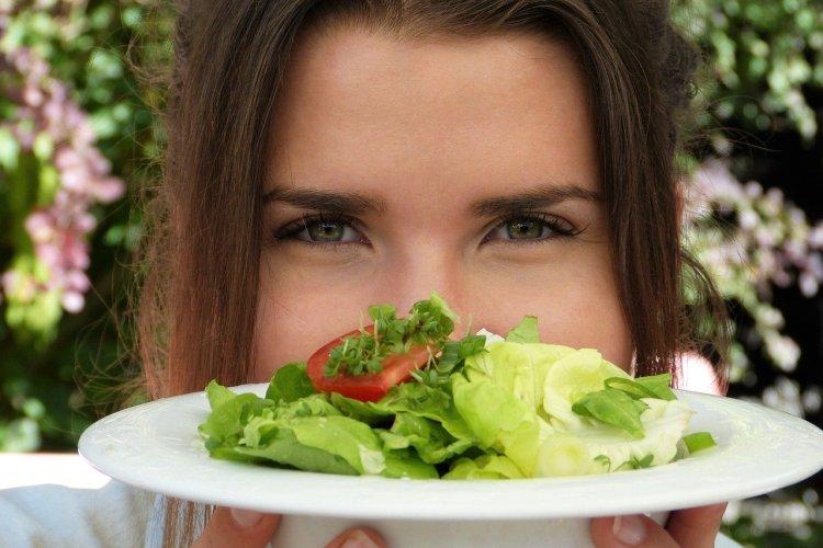 como-controlar-la-ansiedad-cuando-nos-ponemos-a-dieta