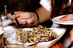 mindfoodness-una-nueva-corriente-nutricional-para-mejorar-nuestra-sal