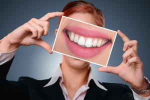 siete-consejos-para-alargar-los-resultados-del-blanqueamiento-dental