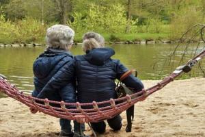 cuidemos-a-nuestros-mayores