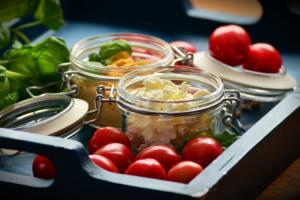 jar-food-comida-de-moda-en-tarros-de-cristal