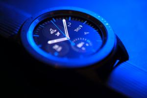 el-proximo-smartwatch-de-samsung-podria-presentarse-con-una-caja-de