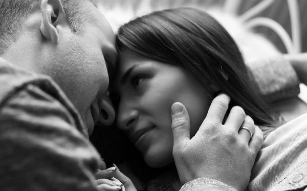 por-que-no-besamos-a-nuestras-parejas-como-la-primera-vez