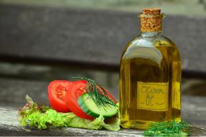 el-aceite-de-oliva-virgen-gran-aliado-frente-al-colesterol