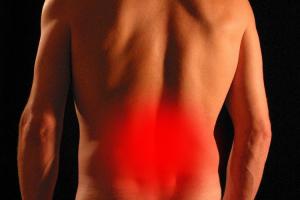 como-detectar-y-prevenir-la-aparicion-del-colico-nefritico
