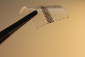 desarrollan-dispositivo-impreso-en-3d-que-permite-conectar-ordenador-y