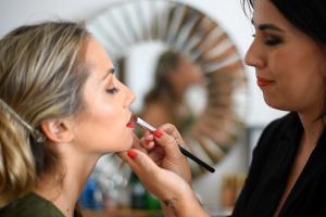 dos-maneras-de-maquillarte-en-otono