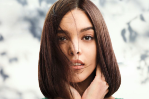 repara-al-instante-tu-cabello-con-tecnologia-vegetal