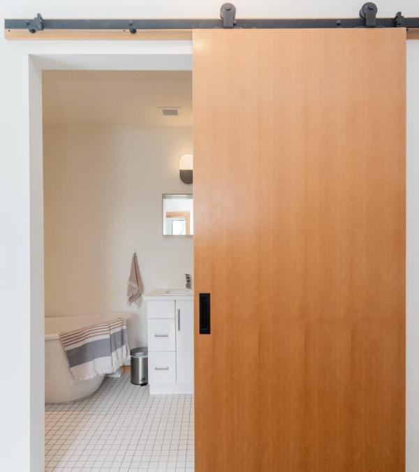 aprovecha-el-espacio-en-casa-con-lo-ultimo-en-puertas-correderas