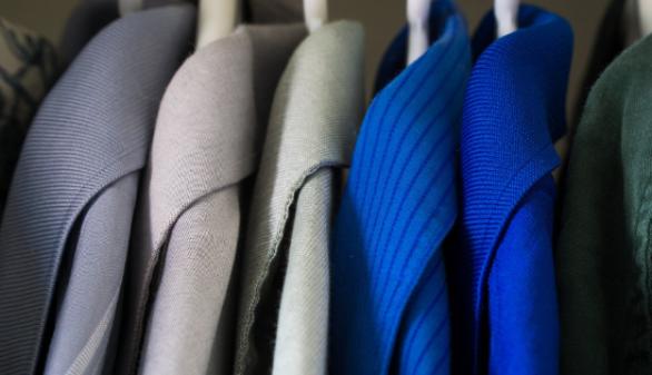 tu-ropa-siempre-a-mano-ordenala-por-colores