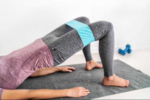rutina-de-ejercicios-de-15-minutos-para-mujeres-con-imagenes