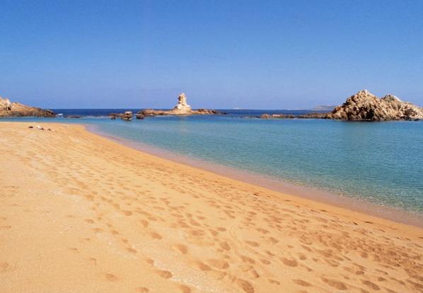 las-6-calas-y-playas-mas-espectaculares-de-menorca-que-haran-que-te