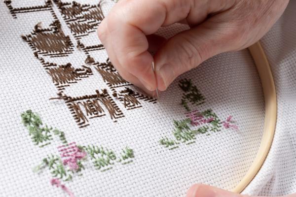 que-es-el-needlepoint-o-la-tecnica-de-bordado-en-tapiz